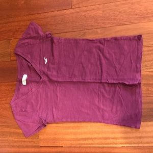 hollister v neck t shirt